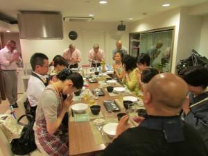 全員で食材に感謝し、頂戴しました。